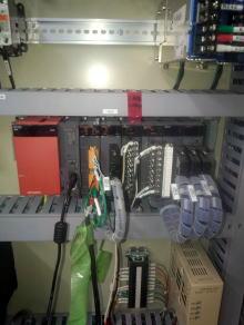 シーケンサ(PLC)で制御する機械修理1